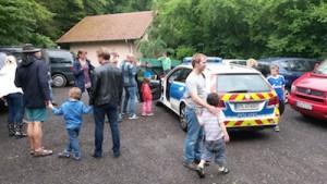 Feiern, bis die Polizei kommt... für unsere Kids ein großer Spaß